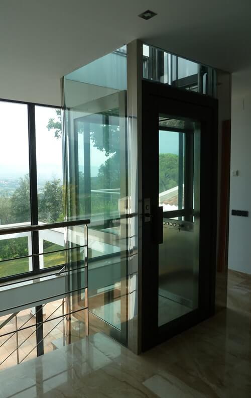 Instalaci n de ascensores unifamiliares a medida para - Ascensores para viviendas unifamiliares ...