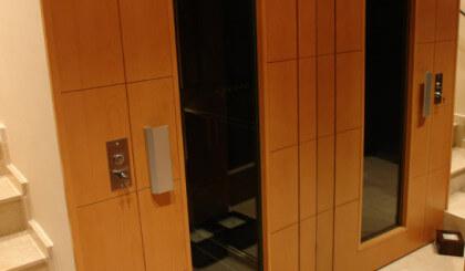 Instalación de ascensor unifamiliar en Lleida
