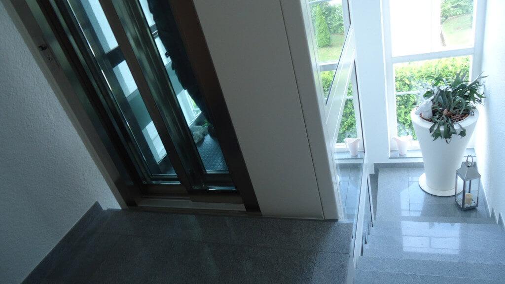 Dimensiones mínimas de un ascensor