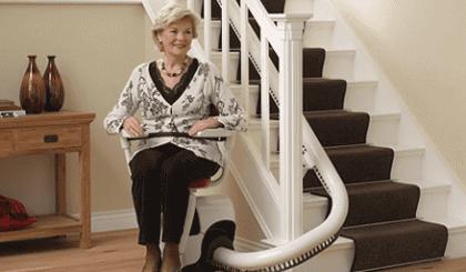 ¿Cuánto cuesta una silla salva escaleras?