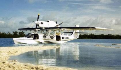 Instalación de pistones a gas en hidroaviones