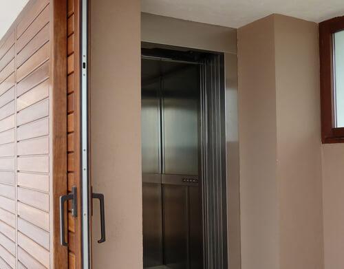 Elevadores para viviendas precios elegant sillas vertitec for Precio ascensor hidraulico 3 paradas