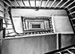 Medidas mínimas de los ascensores hidráulicos de Dictator