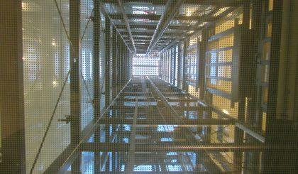 Qué tipo de ascensor es más económico