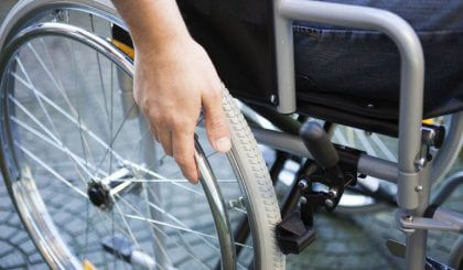 Medidas mínimas de las plataformas salvaescaleras para discapacitados